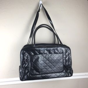 NWOT SIGNATURE CLUB A QUILTED DUFFEL BLACK